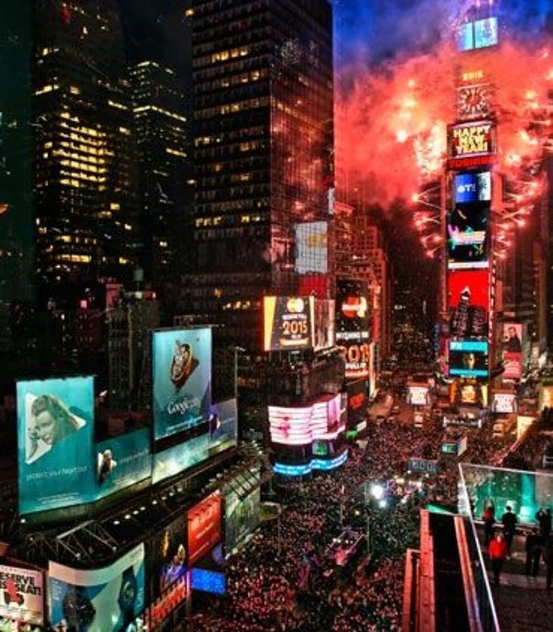 Pin by 32 on new york city in 2020 New years eve nyc