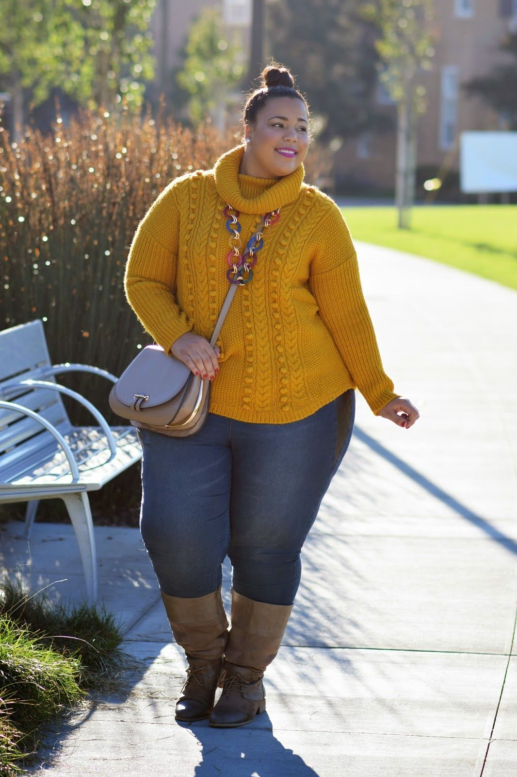 Bella Curves | A Curvy Girl's Haven: STYLE GUIDE | 4 UNIQUE PLUS-SIZE SWEATERS LOOKS TO TRY THIS SEASON