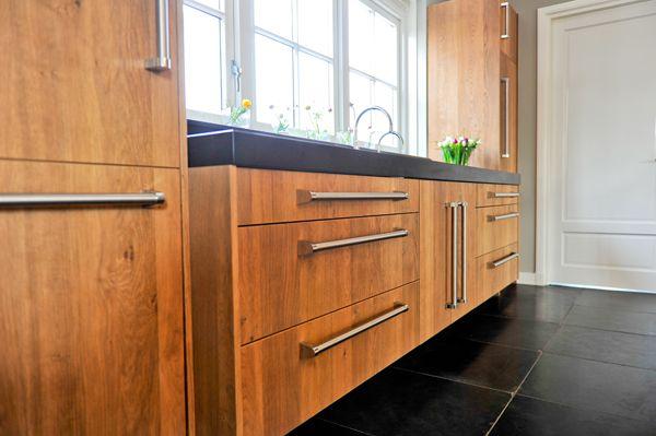 Slegers natuursteen keuken en bad deze landelijke keuken for Keuken ontwerpen op ipad