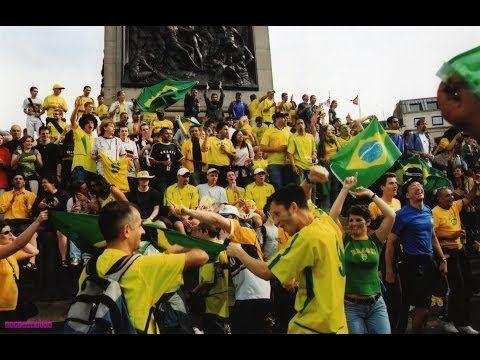 Comemoração Penta do Brasil em Londres 2002 - YouTube