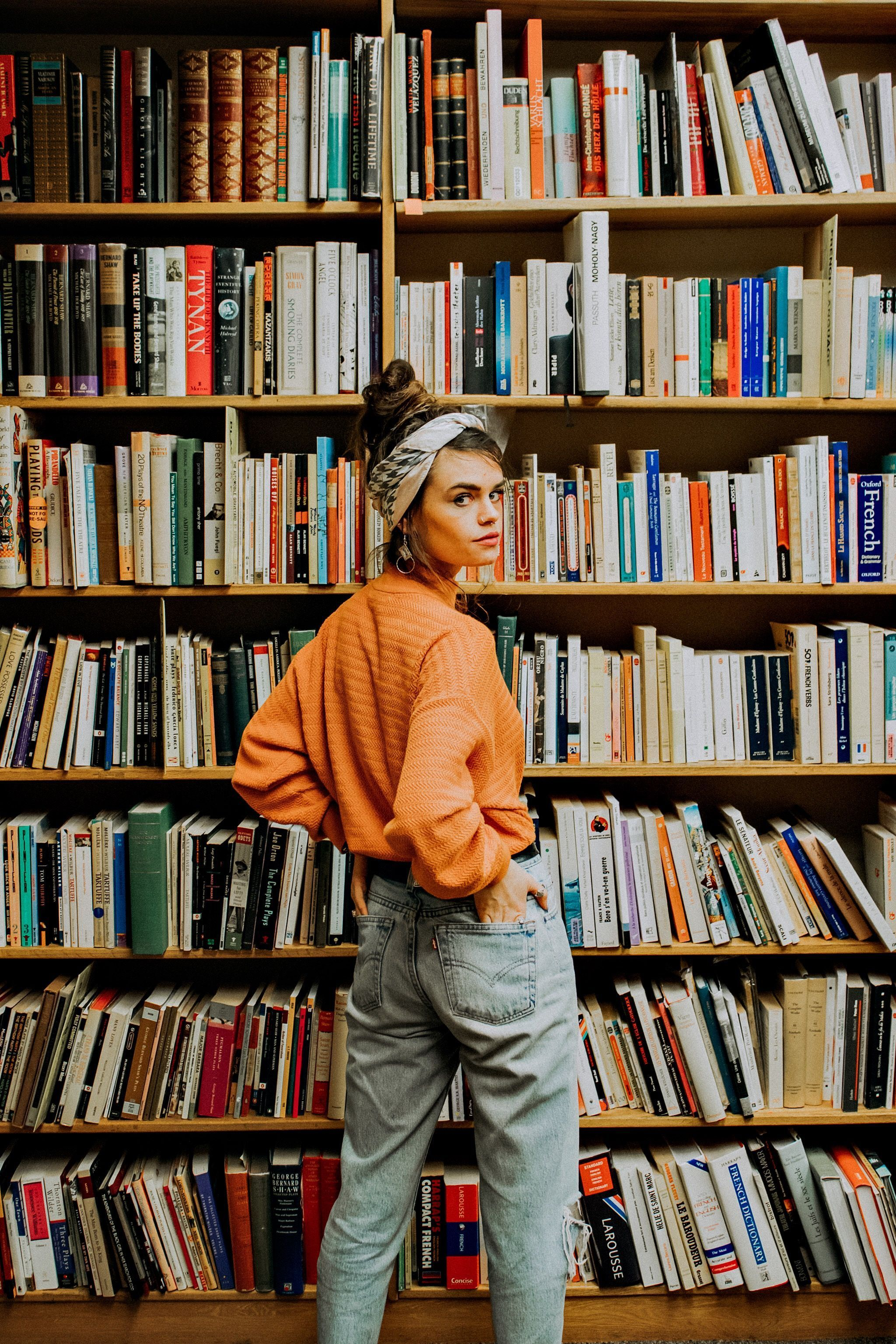 Orange fall fashion street style photoshoot inspiration 2019 library books -  Orange fall fashion street style photoshoot inspiration 2019 library books  - #apartmentideas #backyardideas #Books #disneytattoo #Fall #fashion #Inspiration #Library #makeupideas #mandalatattoo #Orange #Photoshoot #photoshootideas #Street #Style #sunflowertattoo #tattoofrauen