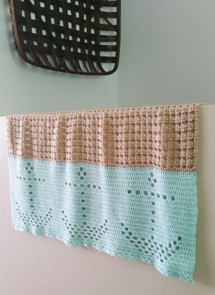 Nautical Filet Crochet Blanket #filetcrochet
