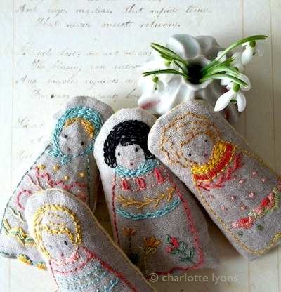 embroidered dolls or sampler PDF pattern and instructions #littledolls