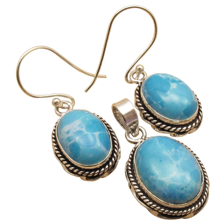 Oval stone handcrafted matching earrings u pendant set
