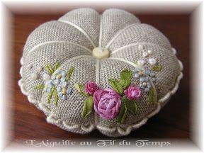 Pelote D Epingles Coeurs En Tissu Artisanat De Ruban Broderie Au Ruban