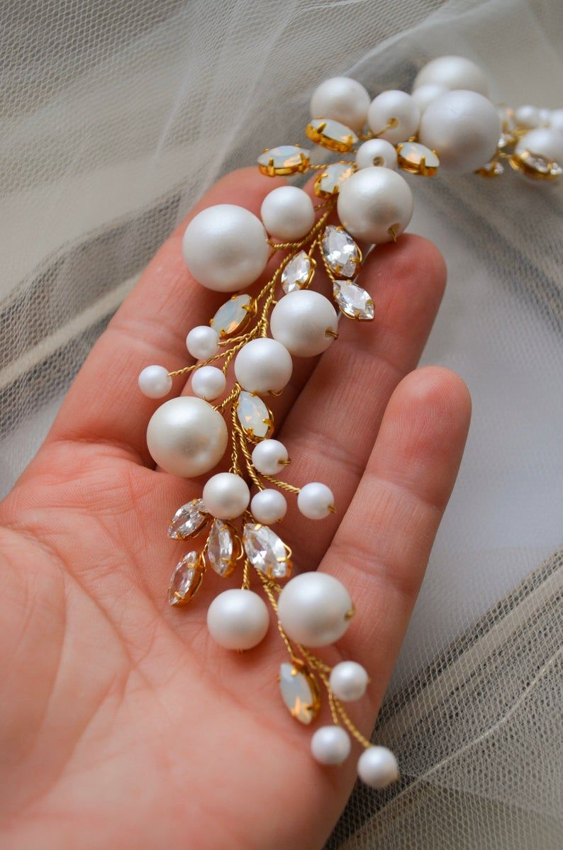 Pearls Ivory hair vine, Opal crystal Bridal hair wreath, Pearl Wedding headpiece, Gold opal Crystal hair accessories, Floral design #weddingheadpieces