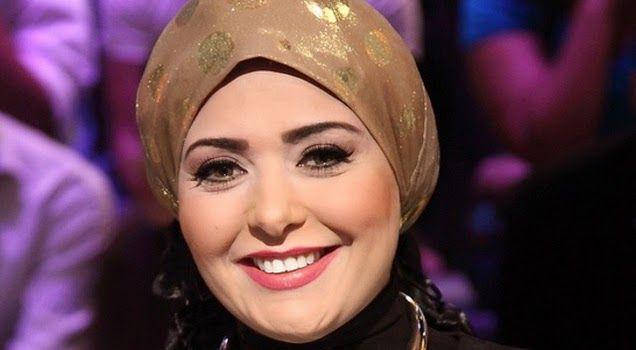 صور صابرين تثير الجدل بين جماهيرها بسبب ارتدائها الباروكة Celebrities Fashion Celebrity News