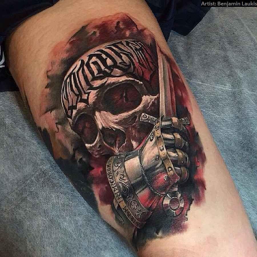 33 Crazy Skull-Tattoos - Auge Tattoo Bedeutung