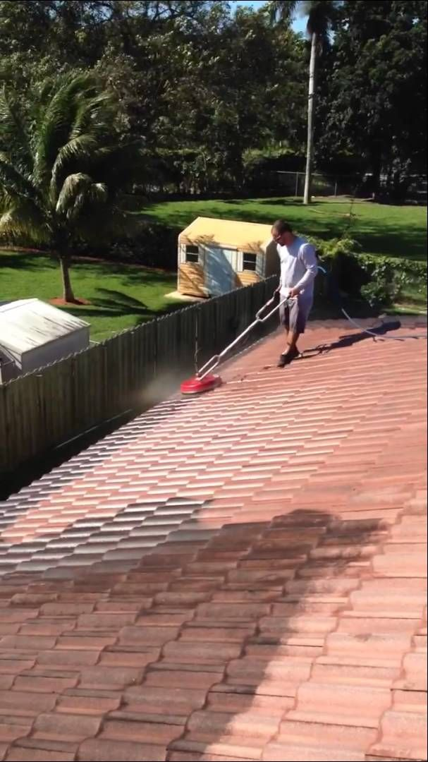 Roof Pressure Cleaning in Miami - Florida Pressure Cleaning Solutions http://www.floridapressurecleaningsolutions.com/