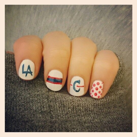 Los Angeles Clippers Nail Design http://heidispolish.com