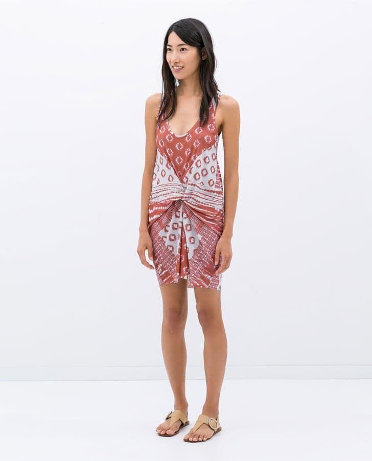 Pin for Later: 11 Zara-Kleidungsstücke, die ihr sehen müsst  Zara Printed Gather Dress ($50)