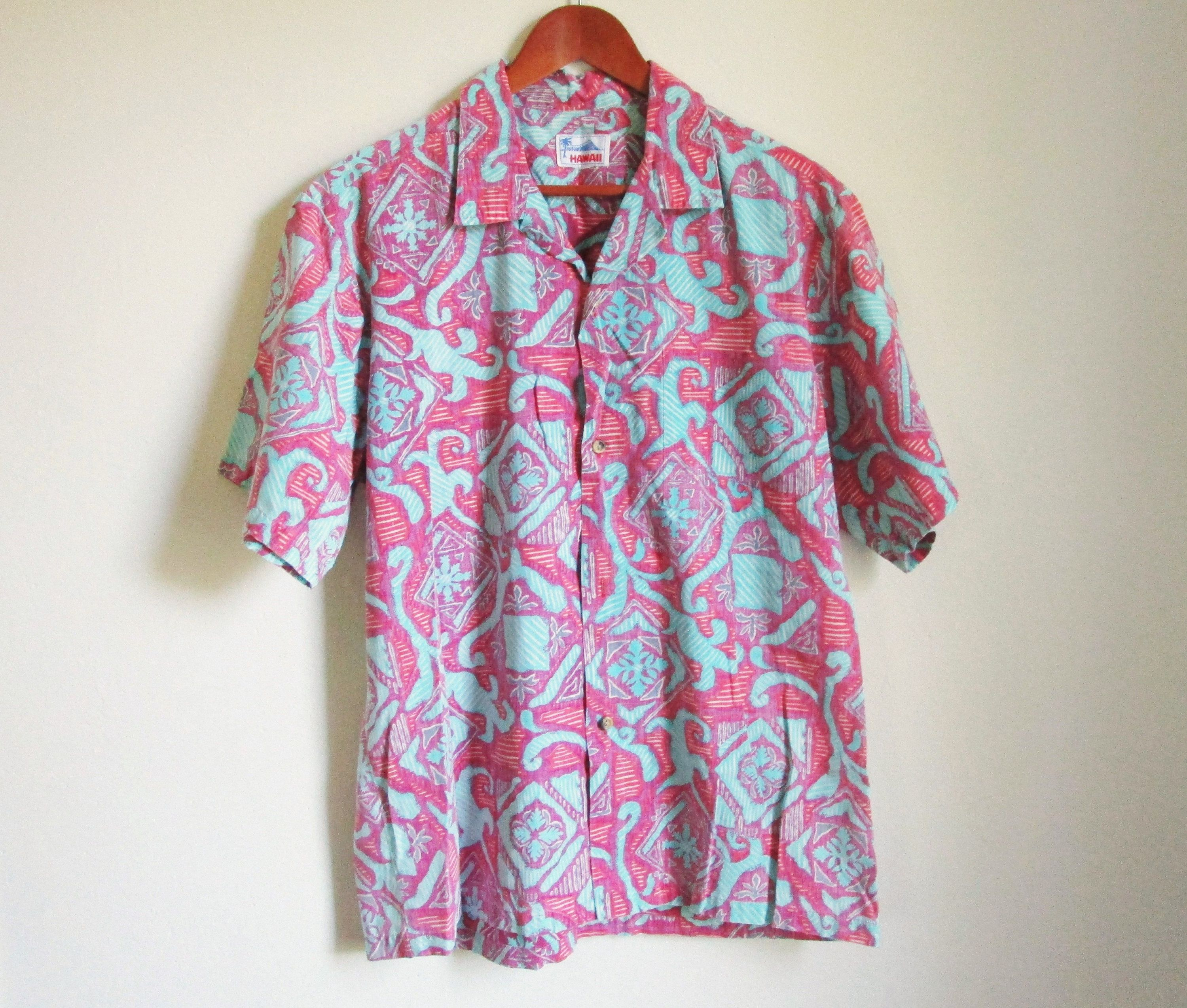 9afa7dd9 Vintage Hawaiian Shirt Mens Button Down Shirt Hawaiian Print Shirt 70s Hawaiian  Shirt 70s Mens Shirt Short Sleeve Button Down Shirt by WashedCloth on Etsy