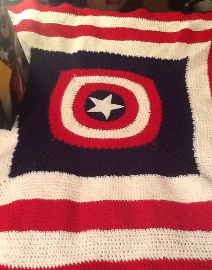 Free Crochet Pattern For Captain America Blanket : Captain America themed crochet blanket. Felt star cutout ...