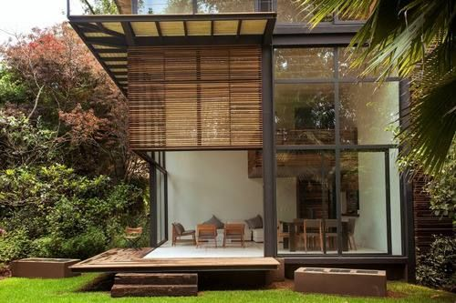 glass house / architecture