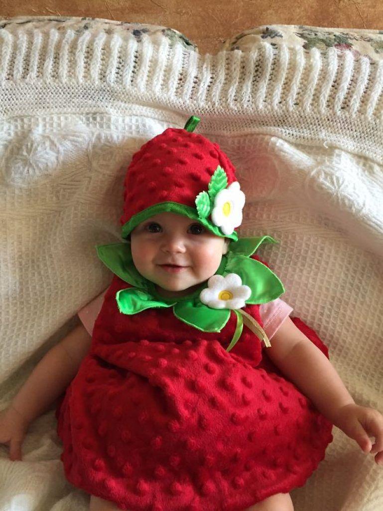 foto 17 Irresistible Newborn Halloween Costume Ideas