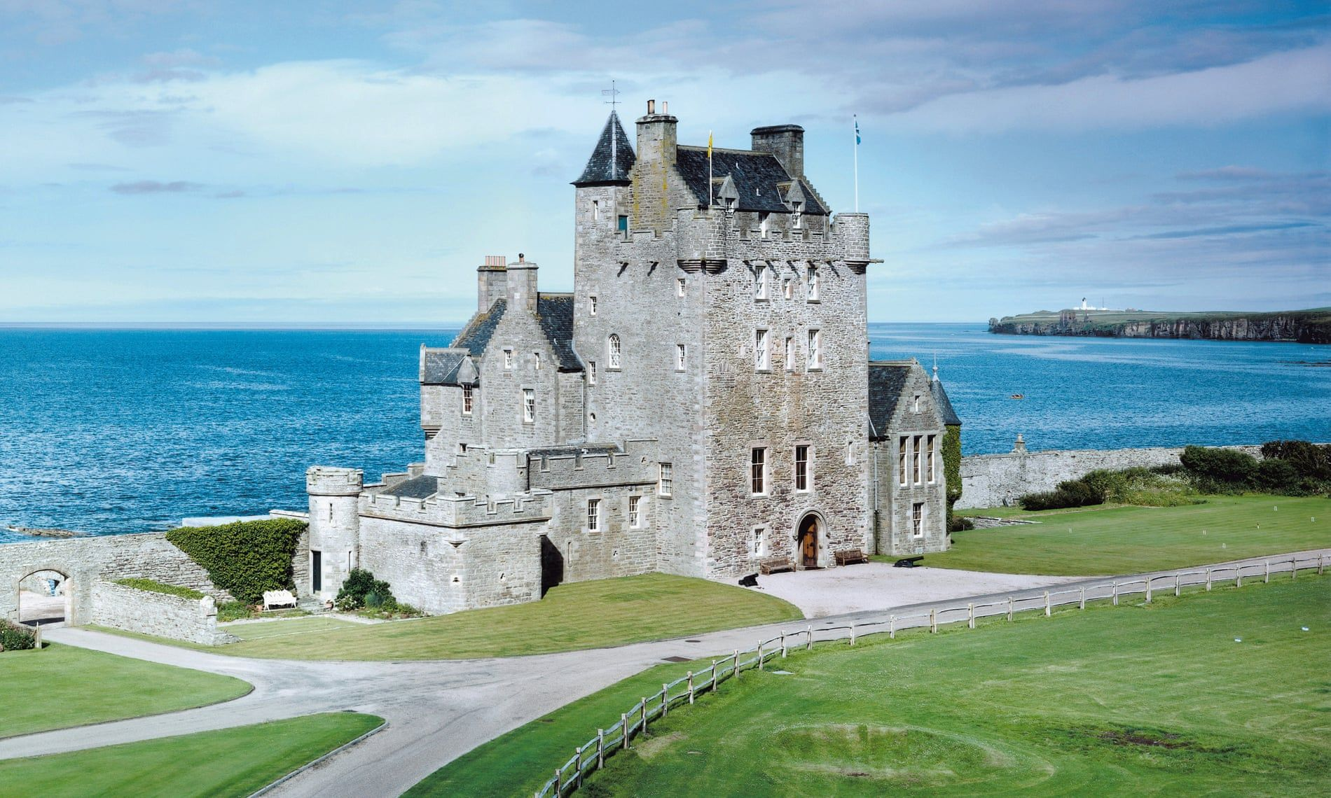 Fairytale Homes For Sale In Pictures Scottish Castles For Sale