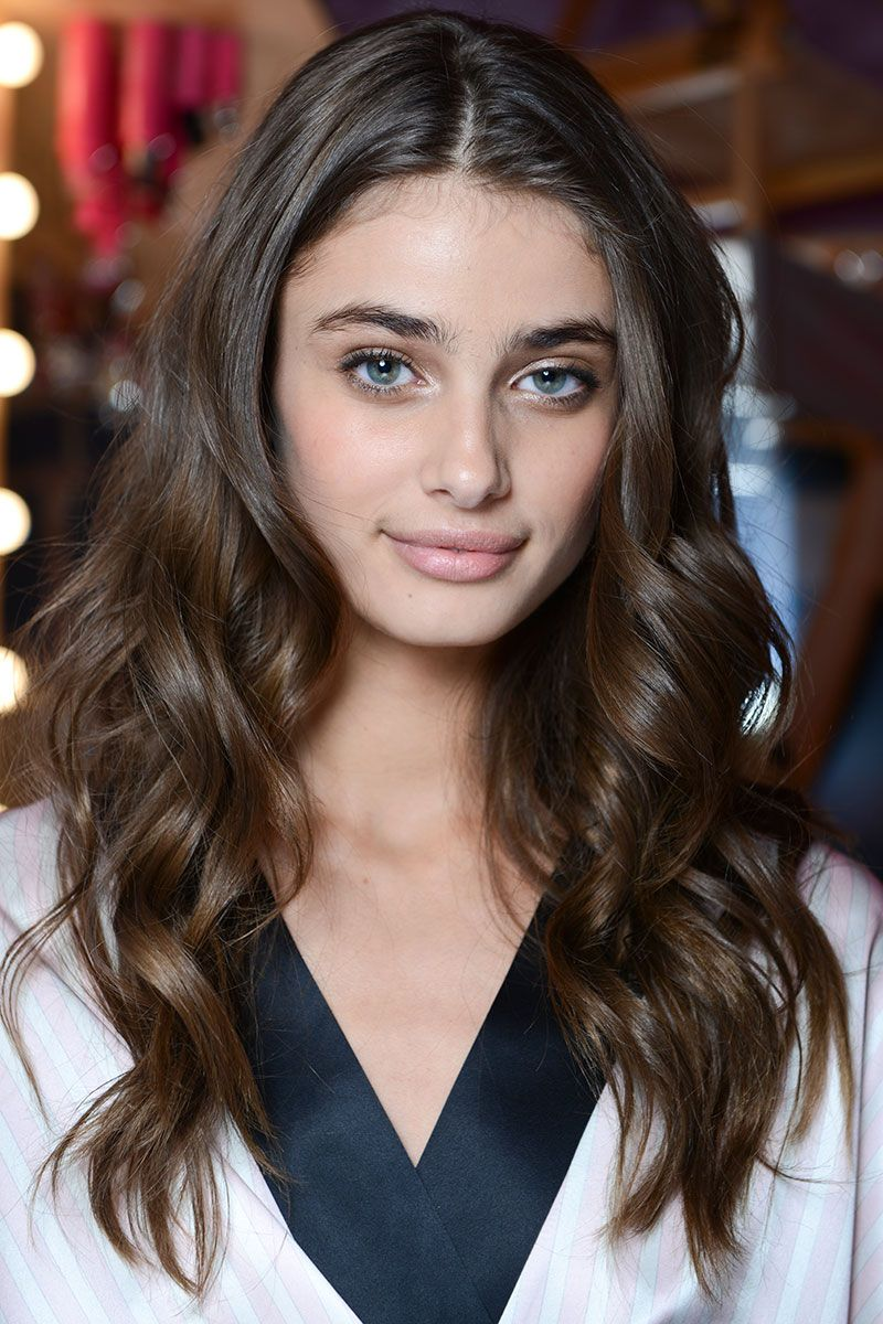 Backstage Beauty: Behind-the-Scenes at The VS Fashion Show ...