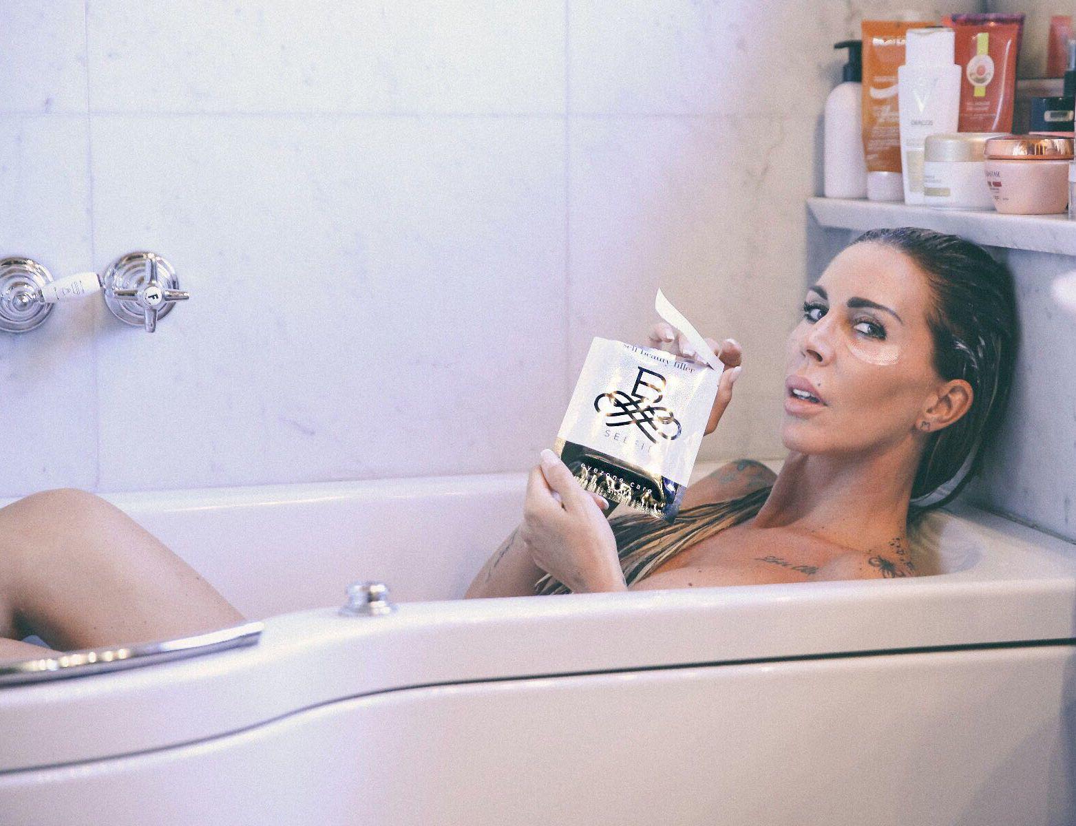 Bagno Rilassante ~ Bselfietime anche per guendalina canessa che si concede un bagno