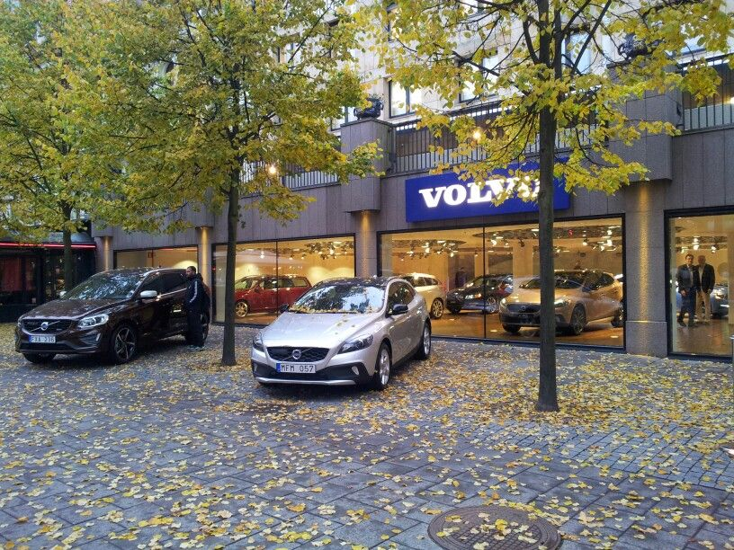 Showroom from outside. Autumn Oct 2013. Volvo