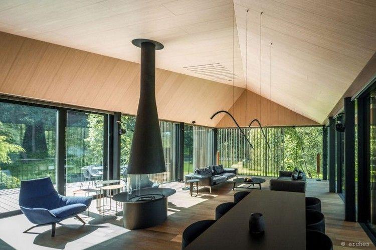 Wohnideen Privat wohnraum mit kamin in der mitte wohnideen wohnzimmer