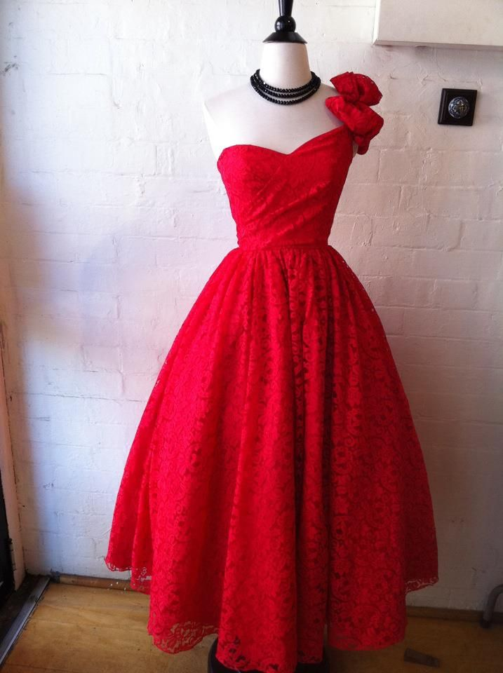 Red 1950's prom dress