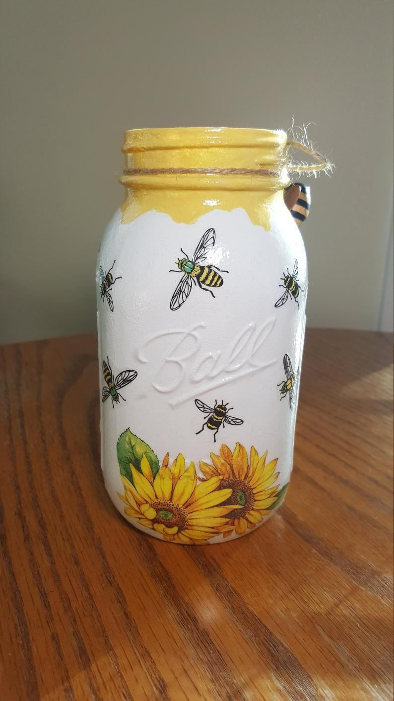 HONEY BEE - Sunflower Mason Jar Vase, Mason Jar Centerpiece, Decoupage Jar, Mason Jar Decor, Utensil Holder, Kitchen Decor