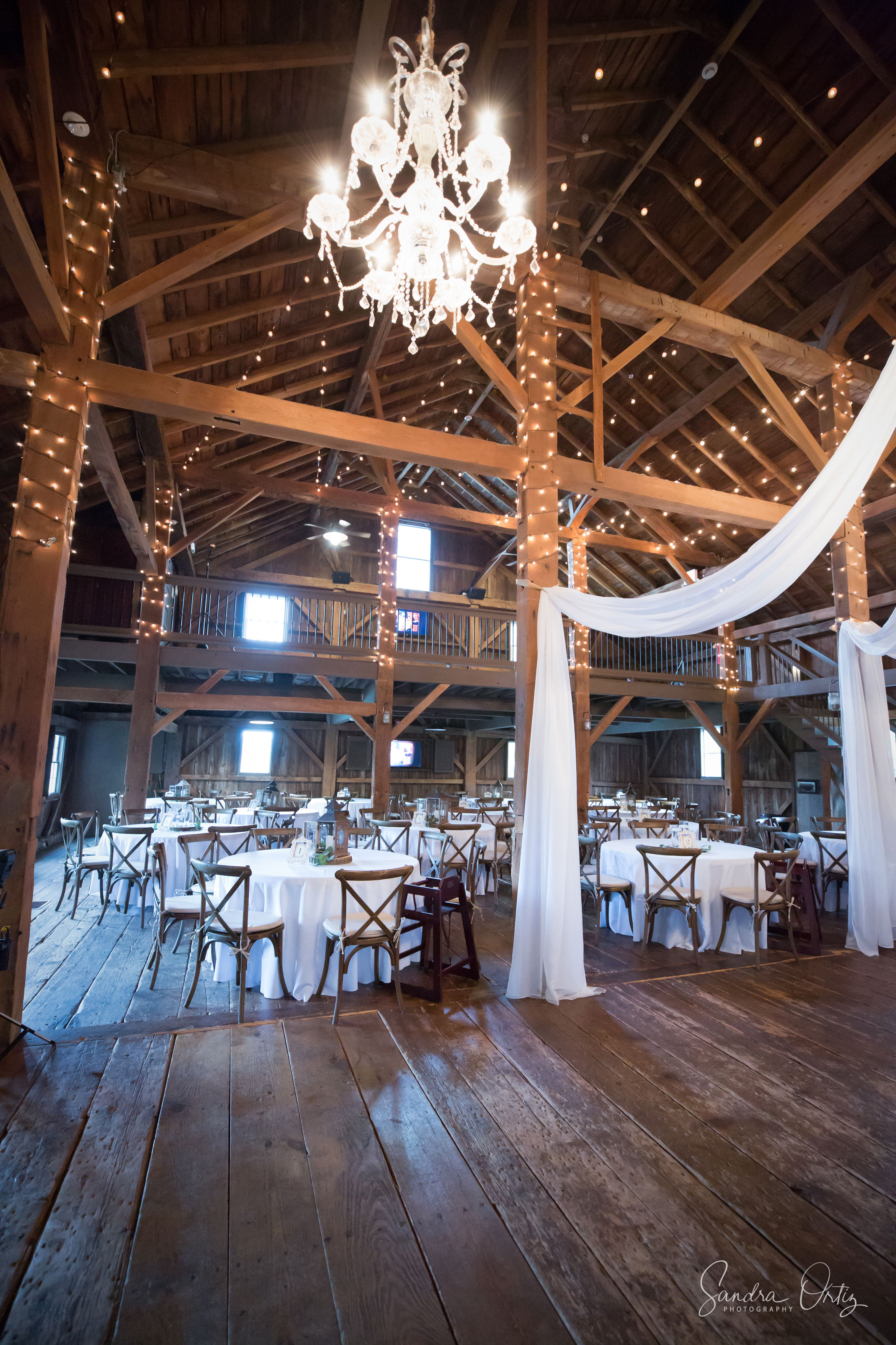 Rustic Barn Wedding Venue In Indiana With Gorgeous Lighting And