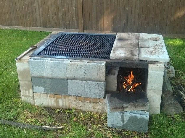 Inexpensive Diy Smoker Grill Ideas For Your Bbq Party Cinder Block Fire Pit Fire Pit Grill Diy Backyard