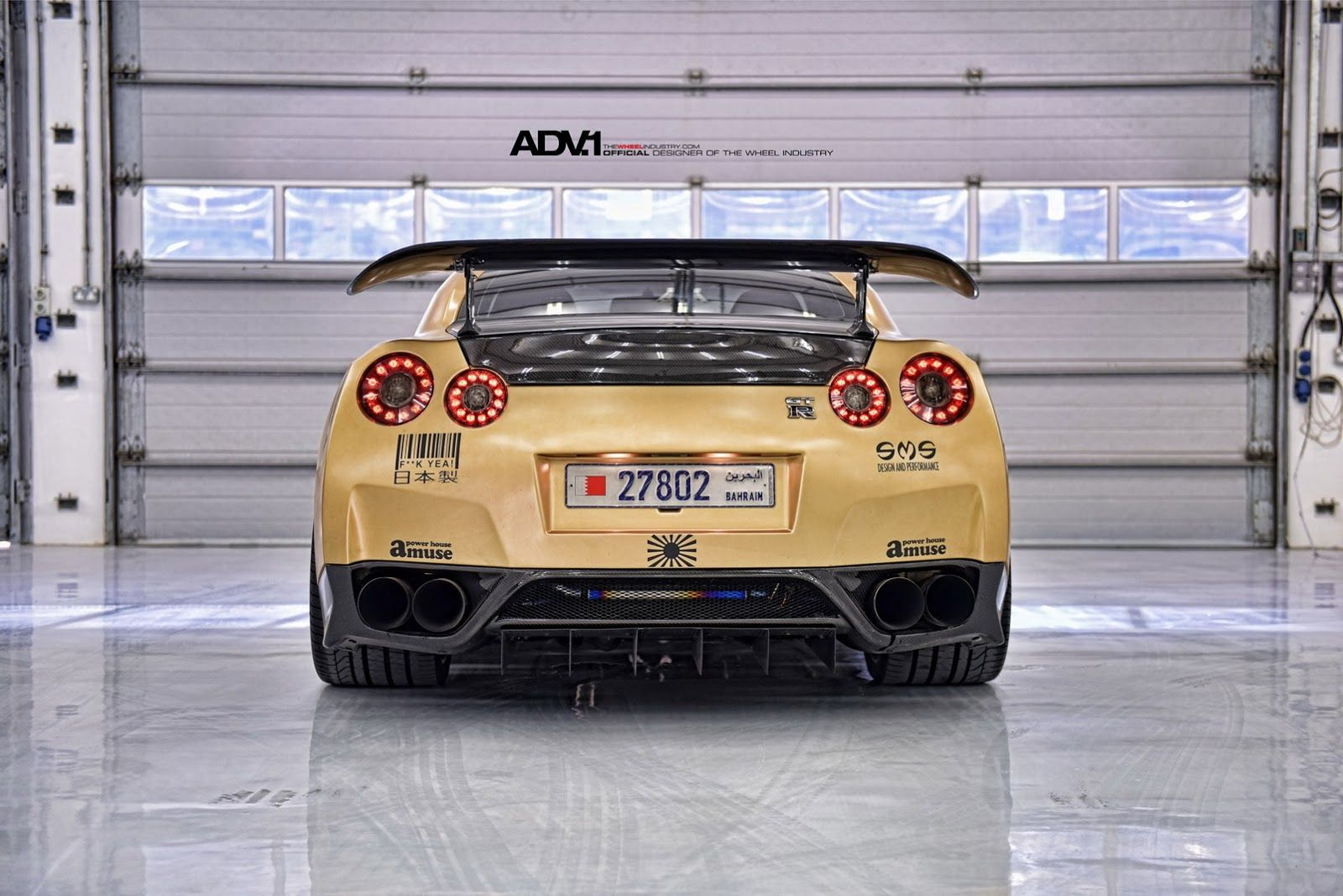 Nissan nissan deportivos nissan gt r nissan gt r r35 tuning cars - Carbon Gold Nissan Gt R Looks Beyond Mean 33 Pics Nissan Pinterest Nissan Gt Nissan And Gold