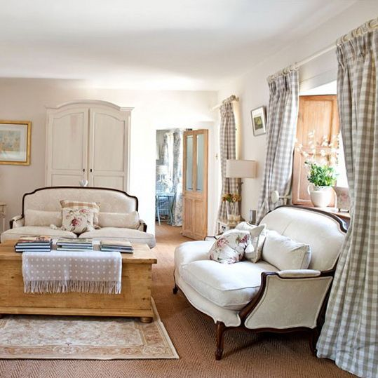 French Country Decorating IN LIVING ROOM