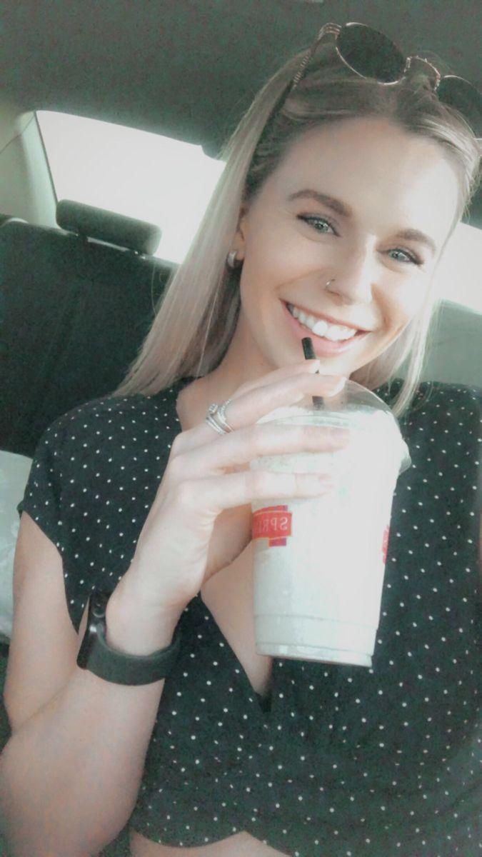 #blondehair #sprinkles #milkshake #smile #happy #excited #loveyourself #bmw #nosering #blueeyes #rings #apple #applewatches #fashion #fasioninspiration #ootd
