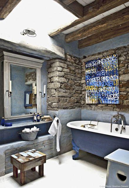 A coastal style house between loft and bookshop in belle - Belle mere dans la salle de bain ...