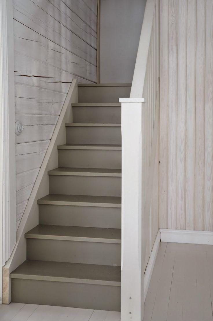 Lighting Basement Washroom Stairs: Light Grey Staircase Ideas