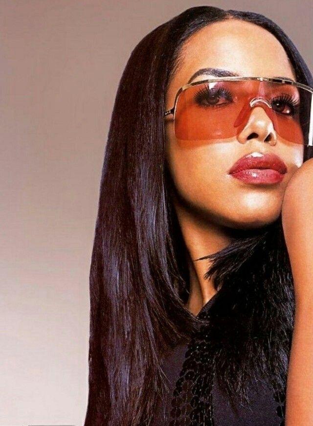 Aaliyah haughton Nude Photos 24