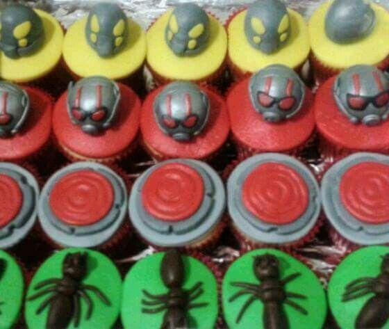 Cupcakes Homem Formiga - Antman - Drucka Machado Bolos - www.facebook.com/druckamachadobolos