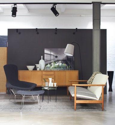 Die graue Wand Wohnen mit Farben Steingrau und Regenbogenfarben - graue wand wohnzimmer