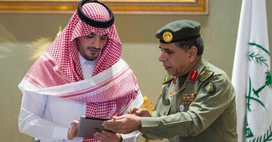 وزير الداخلية يدشن حزمة من الخدمات الإلكترونية الجديدة التي تقدمها الجوازات دشن وزير الداخلية الأمير عبدالعزيز بن سعود بن الجوازات News Daily News Fashion