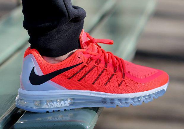 Nike Air Max 2015 Bright Crimson Sneakernews Com Zapatillas Mujer Nike Calzado Nike Gratis Zapatillas Outlet De Nike