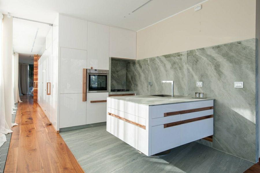 Kücheneinrichtung Marmor Grün Grobe Maserung Wandverkleidung