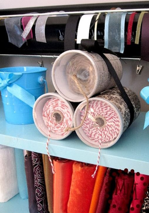 Pringles cans repurposed to hold baker's twine (Michele from The Scrap Shoppe http://mmscrapshoppe.blogspot.com/2012/02/bakers-twine-storage.html via Roadkill Rescue}