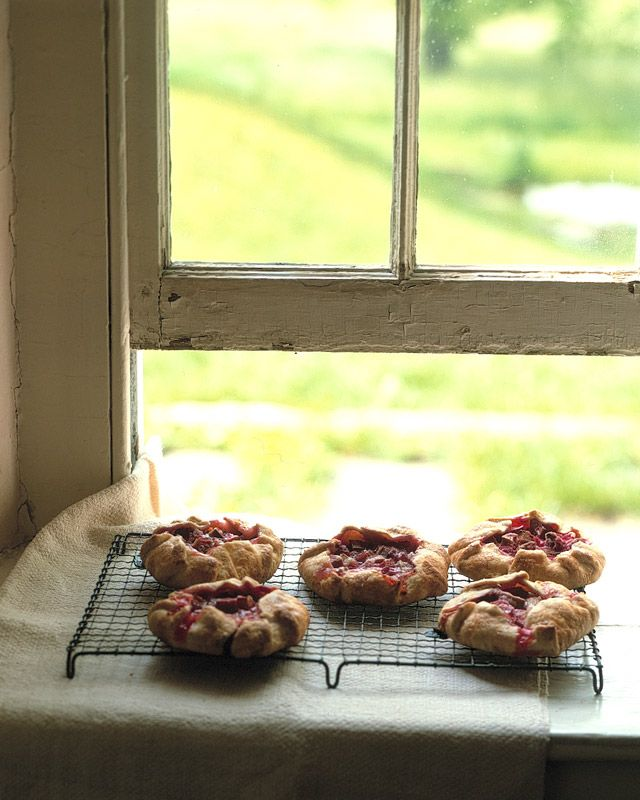 Individual Rhubarb and Raspberry Tartlets