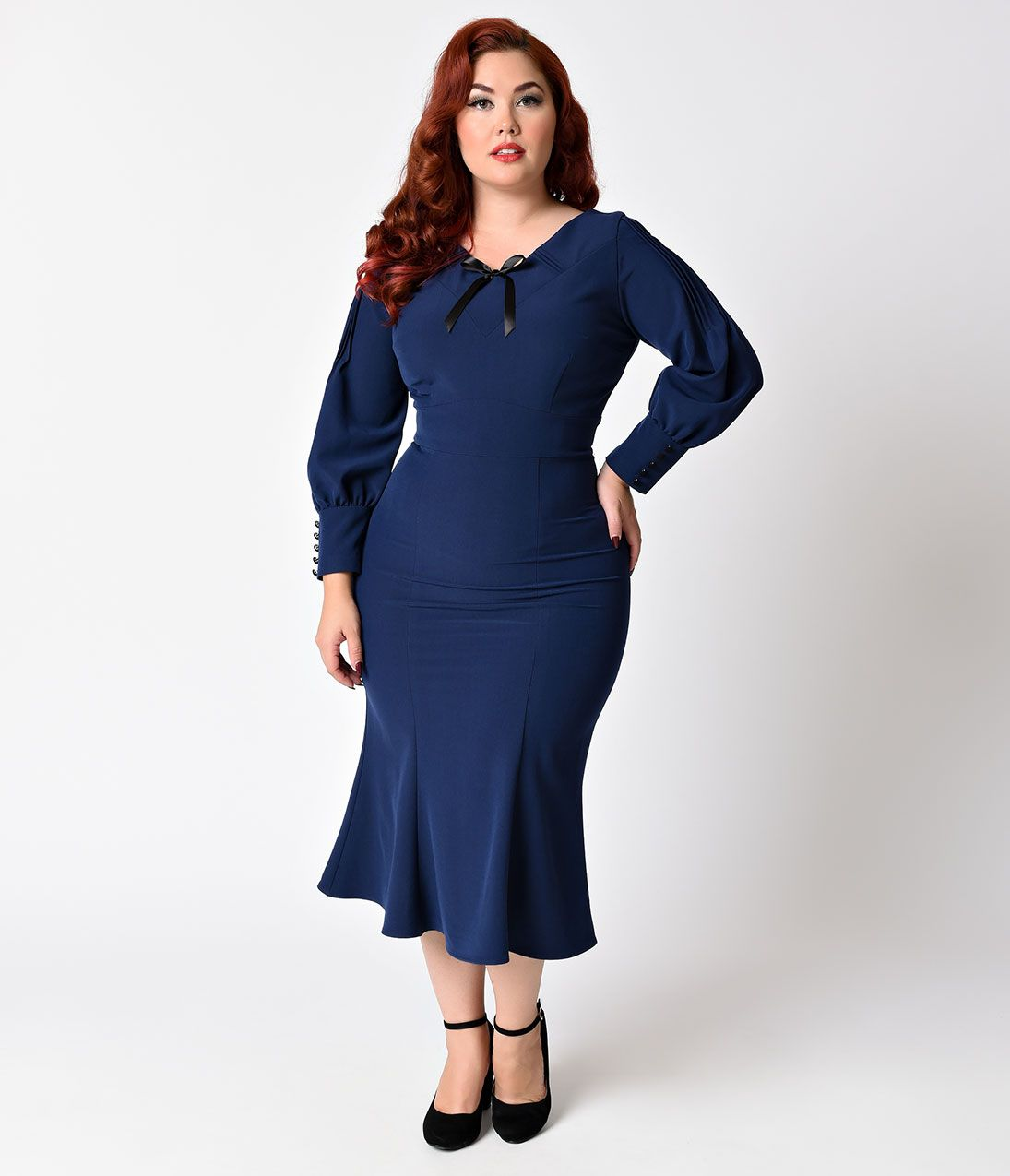941ef980b9986 1930s Plus Size Dresses Stop Staring Plus Size 1930s Style Navy Blue Knit Long  Sleeve Wiggle Dress Size 3XL18 $184.00 AT vintagedancer.com