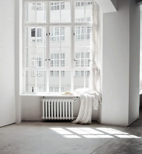 For me, simplicity starts with great natural light. I can't be happy in a dark house, a dark room, and I end up filling it with all sorts of tchotchkes and other happiness-substitutes in a subconscious attempt to lighten things up. It doesn't work. What's your baseline for simplicity?