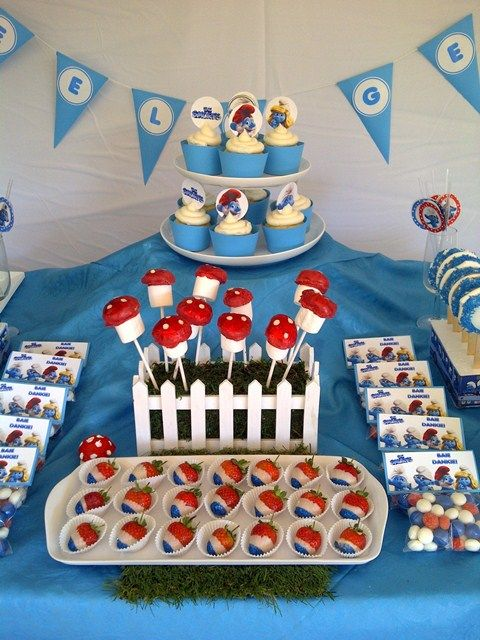 Smurf Party Eats Treats Table Parties In 2019 Birthday Party