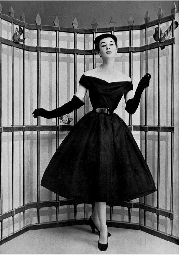 8a3dbb352ea christian dior dresses 1950s Naf Dresses