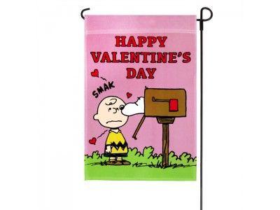 Valentineu0027s Peanuts Happy Valentineu0027s Day Garden Flag. Charlie Brown ...