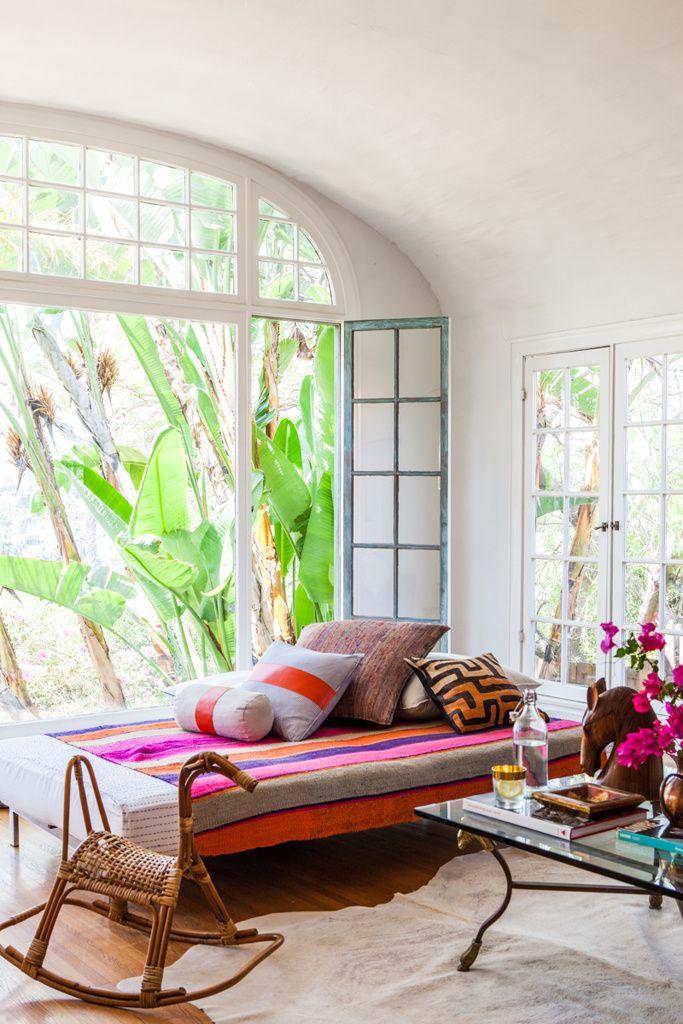 lounging, California style. Photo: Laure Joliet