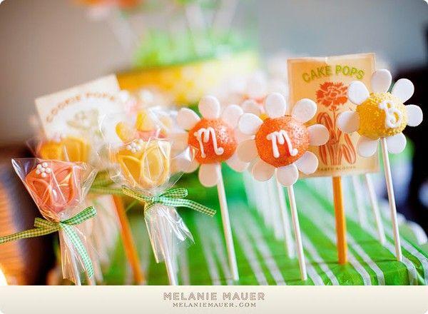 Cake Pops & Cookie Pops!