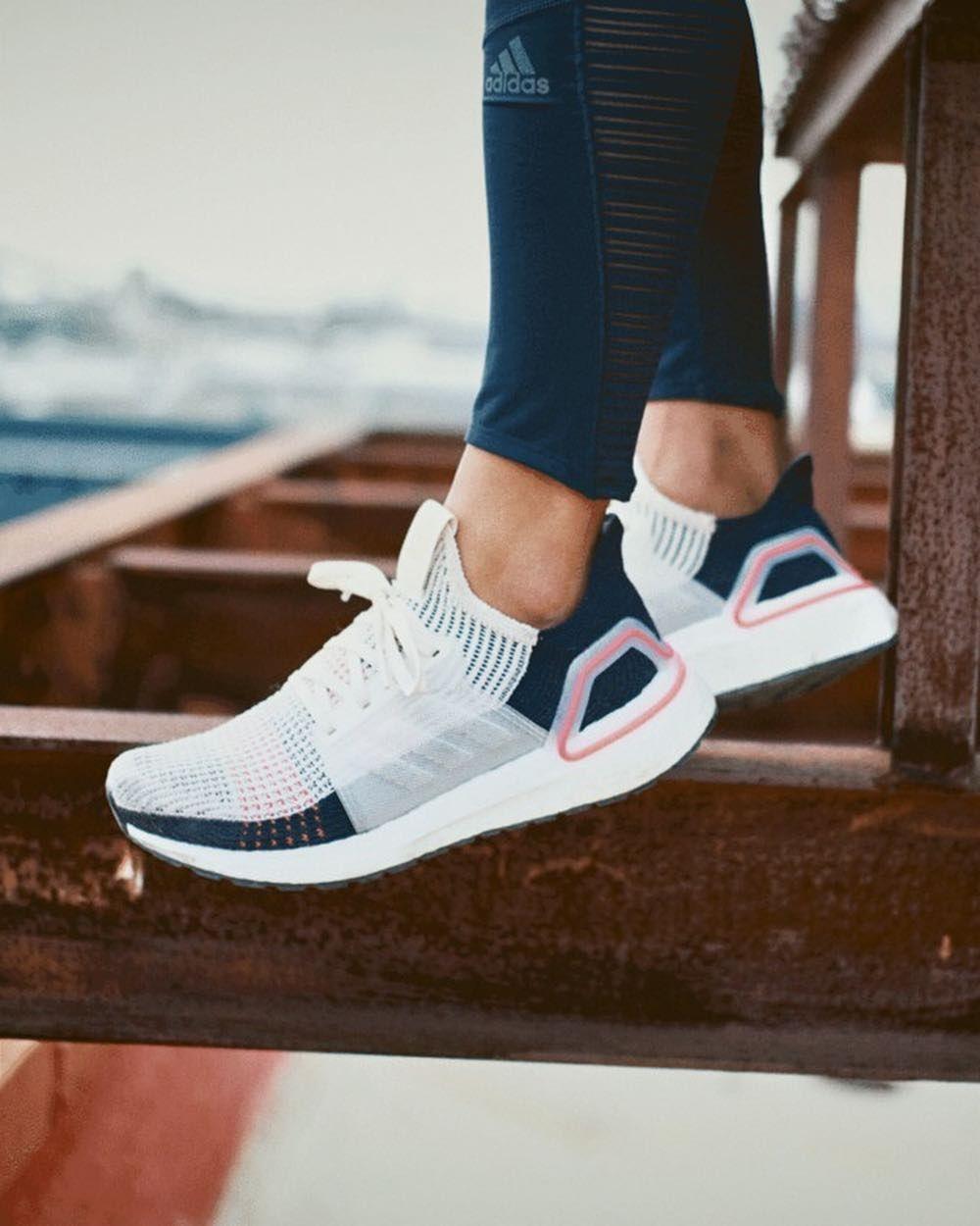Adidas Originals Ultraboost 19 In Bunt B37705 In 2020 Adidas Shoes Women Cute Sneakers Womens Tennis Shoes
