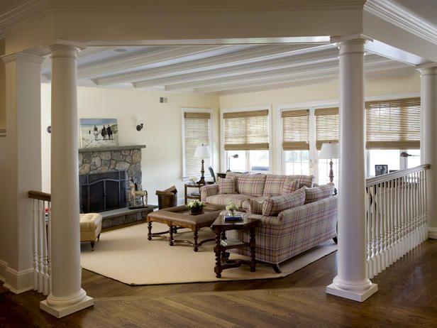 35 Modern Interior Design Ideas Incorporating Columns Into Spacious Room Design Interior Columns Small House Interior Design Living Room Columns